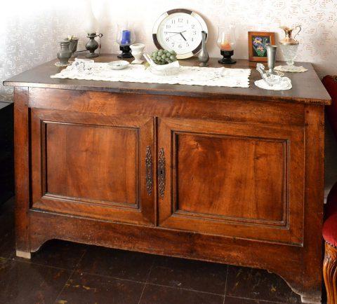 Rénover des meubles anciens